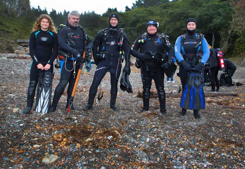 A team from Marin Dive Center prepares to enter for their dive.