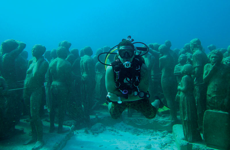 Scorpio Divers Diving Your Way From Canc 250 N To Cenotes